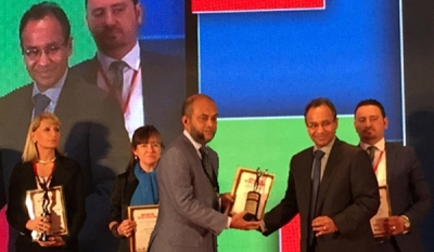 Hameedia's Deputy Managing Director Hussain Sadique wins 'Retail Leadership Recognition Award' at Asia Retail Congress 2015