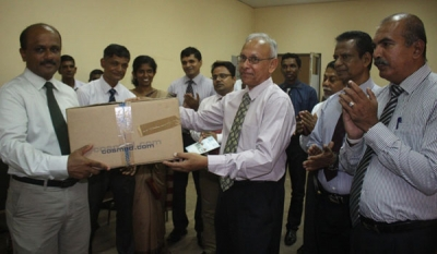 Fibre Cement Products Manufacturers Association donates 'SPIROMETER' to the Faculty of Medicine – University of Ruhuna