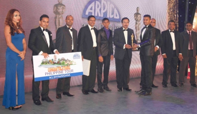 Arpico Awards Top Hardware Dealers; Confident of a Strong 2016