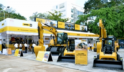 "UTE Leaps into the Future - launches ""Cat Connect"" Worksite Control Solution at Construct 2014"