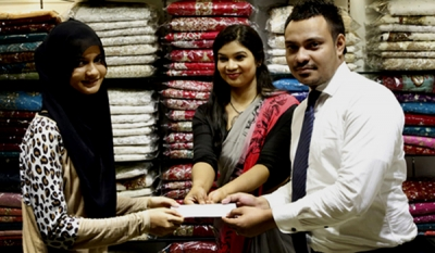 Pallu gifts gold to its women shoppers during its hugely successful wedding season promotion