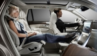 Volvo XC90 cars set the standard with new and stylish design transfor-mation