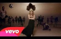 Shakira - La La La ft. Carlinhos Brown