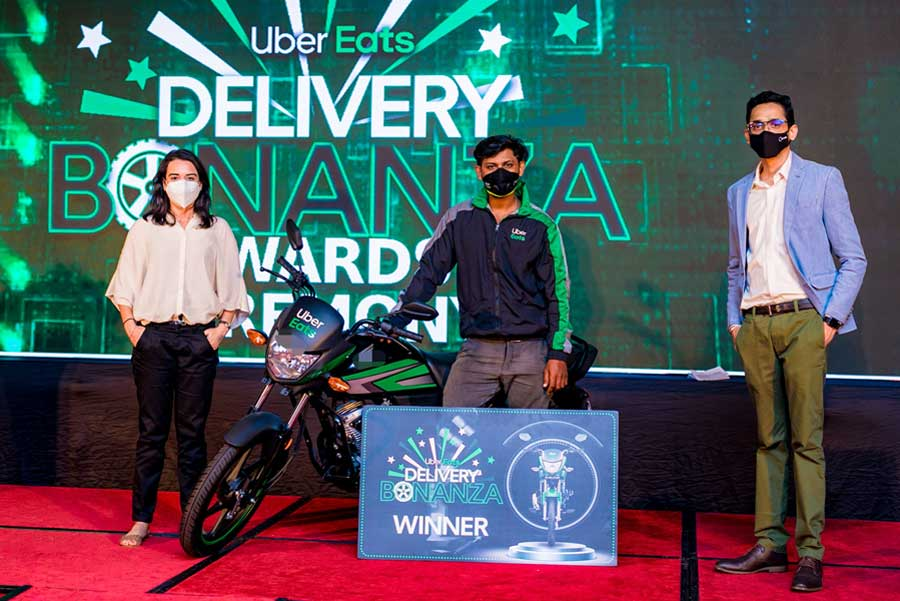 businesscafe Uber Eats delivery partners awarded for service to the country during the pandemic