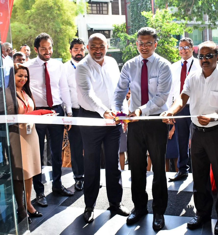 Dialog Unveils State of the Art Experience Centre in Colombo 3