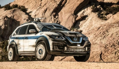 2018 Nissan Rogue Transformed into Millennium Falcon (Video)