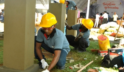 Second phase of 'Nipunatha Abisheka' certifies over 700 construction technicians in Matara