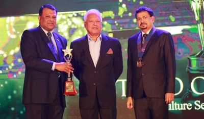 Hayleys Plantations' Roshan Rajadurai awarded Best CEO at CMI Management Excellence Awards 2017